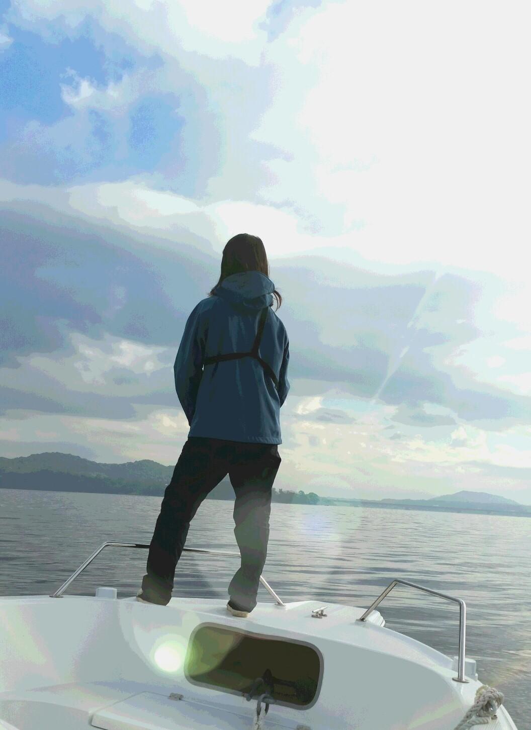 釣りガール浜名湖.jpg