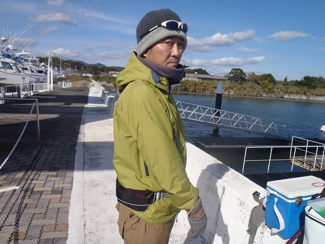 http://www.suzukimarine.co.jp/rental/blog/img/PB250388.jpg