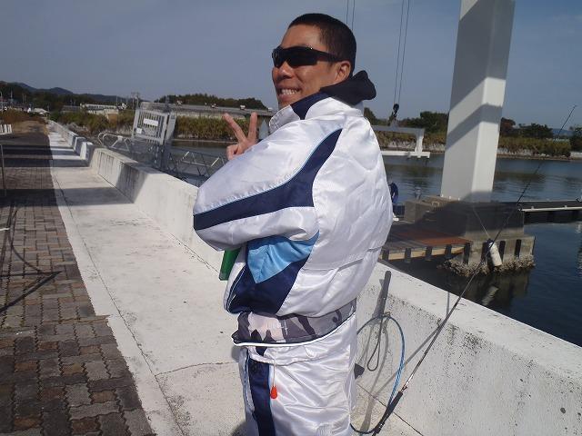 http://www.suzukimarine.co.jp/rental/blog/img/PB260390.jpg